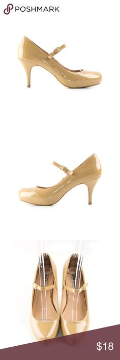 Steve Madden Mary Jane Heels 8.5M Tan patent leather heels with buckled strap and covered platform. In good preowned condition. Mark on left front toe (pic 4). Size 8.5M. Steve Madden Shoes Heels