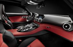 The interiors of the Mercedes-Benz AMG GT re revealed !