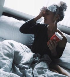 Sunday goal... don't let my pillows get lonely ☕️ #morning #weekend #coffeetime
