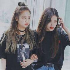 Blackpink And Bts, Park Chaeyoung, Kpop, Jennie Blackpink, Billie Eilish, Sexy, Photo Wall, Beauty, Aquarium Fish