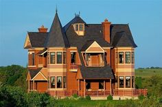 A Nebraska Victorian built in 2002 - based on 1885 house plans! Located a short distance from my home. Victorian House Interiors, Victorian Design, Victorian Homes, Victorian Era, Edwardian Era, Historical Architecture, Architecture Plan, Victorian Architecture, Classical Architecture