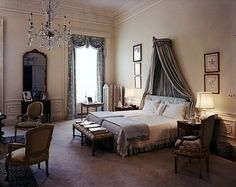 I am interested in this remodel--her choices.  Jacqueline Kennedy's White House remodel--the family bedrooms. 1961
