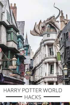 Everything you Need to Know Before Visiting The Wizarding World of Harry Potter Orlando Florida. The complete guide to visiting Hogsmeade and Diagon Alley in Universal Studios. Including tips tricks and hacks - Travel Orlando - Ideas of Travel Orlando Universal Orlando, Universal Studios Outfit, Disney Universal Studios, Universal Resort, Universal Studios Florida, Orlando Travel, Orlando Vacation, Orlando Florida, Harry Potter World Universal
