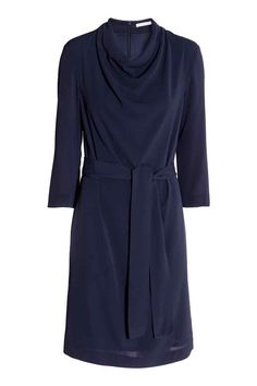 Crêpe dress: Knee-length dress in crêped fabric with a draped neckline, 3/4-length sleeves, a zip at the back and detachable tie belt at the waist. Lined.
