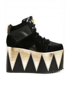 MONSTER TRUUUUUCKS!!! YRU Qozmopolitan Platform Lace Up Boots