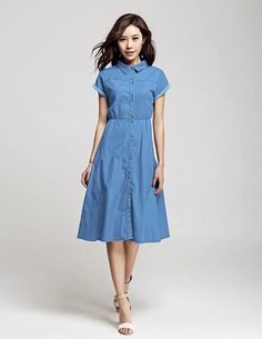 Đầm jean tay ngắn cổ sơ mi - B1473 Màu sắc: Xanh  Chất liệu: Jean mềm Xuất xứ: Việt Nam  Kích thước: Freesize