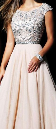 Elegant A-Line Scoop Capped Beading Floor-Length Champagne Homecoming/Prom Dresses