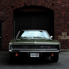 Favorite muscle car of all time! Take notes kids, Green 1970 Dodge Charger R/T