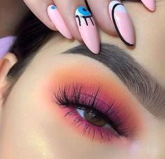 These winter eyeshadow looks are great for the upcoming season and holidays! Check out these winter eyeshadow makeup looks! Makeup Eye Looks, Cute Makeup, Pretty Makeup, Skin Makeup, Makeup Eyeshadow, Pink Eye Makeup, Summer Eyeshadow, Colorful Eyeshadow, Orange Makeup