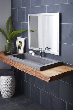 Beautiful bathroom decor a few ideas. Modern Farmhouse, Rustic Modern, Classic, light and airy master bathroom design ideas. Bathroom makeover a few ideas and master bathroom renovation tips. Steam Showers Bathroom, Bathroom Faucets, Bathroom Storage, Bathroom Organization, Bathroom Mirrors, Bathroom Cabinets, Remodel Bathroom, Sinks, Concrete Sink Bathroom