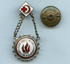 Russian USSR Red Cross Piooner Ready for Sanitary Defense Badge Nice Grade !!! | eBay