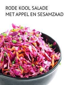 Empty the Fridge - Rode kool salade met appel en sesamzaad Healthy Salad Recipes, Clean Recipes, Raw Food Recipes, Veggie Recipes, Vegetarian Recipes, Cooking Recipes, Pickled Red Cabbage, Red Cabbage Salad, Asian Dressing