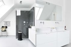 Simple Interior - via Coco Lapine
