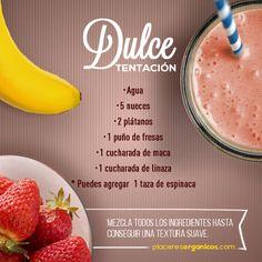 Es una verdadera tentación este smoothie!! Juice Smoothie, Smoothie Drinks, Smoothie Bowl, Healthy Smoothies, Healthy Drinks, Detox Smoothies, Eating Light, 1200 Calorie Diet, Health Breakfast