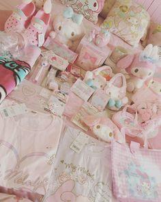 February 09 2020 at Stuffed Animal Displays, Big Stuffed Animal, Sewing Stuffed Animals, Stuffed Animal Patterns, Sanrio, Desu Desu, Hello Kitty My Melody, Im Falling In Love, Kawaii Room