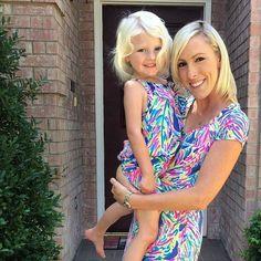 ed5eea7b19ca Via  jretl Instagram- Lilly Pulitzer Layton Shift Dress in Palm Reader  Mother Daughter Matching