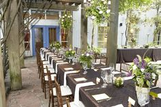 Garden wedding ideas receptions rehearsal dinners ideas for 2019 Small Wedding Receptions, Inexpensive Wedding Venues, Wedding Ideas, Wedding Inspiration, Nature Inspired Wedding, Wedding Entertainment, Entertainment Ideas, Garden Party Wedding, Garden Architecture