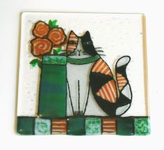 """Calico Cat"" One of my latest experiments in fused glass... Click here to see more:   http://www.365catladies.blogspot.com/2013/04/glass.html"