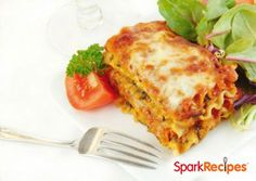 This gluten free crockpot lasagna recipe takes just minutes to put together and will be ready when you get home from work! Entree Recipes, Vegetarian Recipes, Healthy Recipes, Vegetarian Dish, Sausage Recipes, Pasta Recipes, Turkey Lasagna, Skillet Lasagna, Healthy Snack Foods