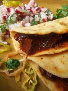 Carne Con Chile Rojo-Tacos de Harina