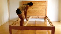 How to build a beautiful DIY bed frame & wood headboard easily. - How to build a beautiful DIY bed frame & wood headboard easily. Free plan & variations on king, que - Diy King Bed Frame, Bed Frame And Headboard, Wood Headboard, Diy Frame, Murphy Bed Ikea, Murphy Bed Plans, Diy Bett, Diy Platform Bed, Rustic Bedding