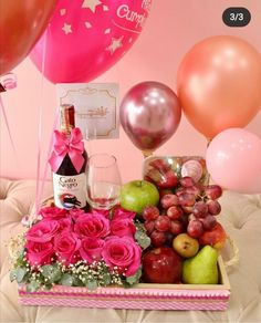 Birthday Breakfast, Love Gifts, Diy And Crafts, Table Decorations, Ideas, Wine Baskets, Box, Craft, Amor