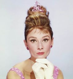 #beautiesonfire collaboration first theme: Classic beauty. My favourite celebrity considered an icon: Audrey Hepburn.