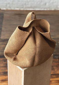 Crochet Bowl, Bag Crochet, Quick Crochet, Crochet Handbags, Paper Bowls, Jute Bags, Knitted Bags, Handmade Bags, Crochet Patterns