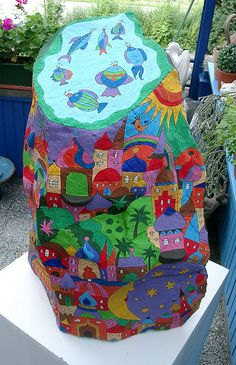 #painted rocks, Großer bemalter Stein by ateliercalmont, via Flickr