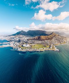 Welcome to Cape Town, South Africa 📷 Photo by : 📷 Share your favorite cities and include ✔ Кейптаун, ЮАР . Travel Around The World, Around The Worlds, Safari, Wanderlust, Cape Town South Africa, Explore Travel, Most Beautiful Cities, Africa Travel, Aerial Photography