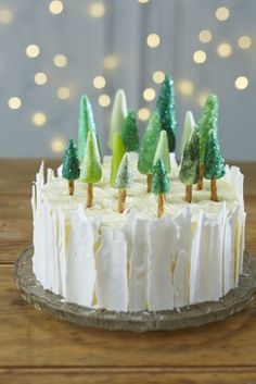 How to Make an Ice Forest Christmas Cake #Baking #ChristmasCake