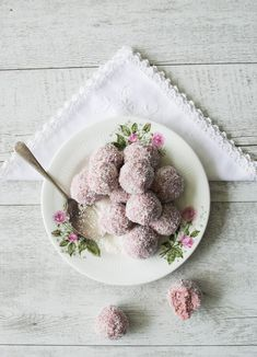 Raspberry Coconut Bliss Balls (healthy, quick treat) ⎮ Well Nourished