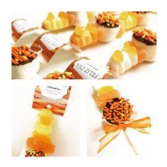 Pinchos Dulces. Gomitas y masmelos decorados para celebrar el dia de la mujer. Regalo corporativo.