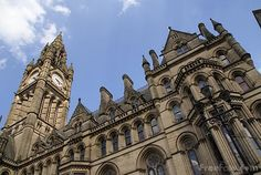 This Famous Architecture is that of the Manchester Town Hal. it is a Victorian, Neo-gothic municipal building in Manchester, England. It is the ceremo. Gothic Architecture Characteristics, Gothic Architecture Drawing, Gothic Revival Architecture, Famous Architecture, Arch Architecture, Beautiful Architecture, Manchester Town Hall, Manchester England, Gaudi