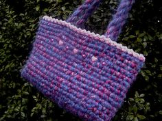 [Free Pattern] Simple And Brilliant Way To Make A Gorgeous Easy Peasy Crochet Bag - Knit And Crochet Daily