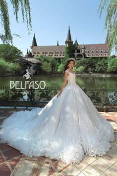 Wellcome to fashion world Belfaso. Stunning Wedding Dresses, Bridal Gowns, Marie, Ball Gowns, Formal Dresses, Gown Dress, Fashion, Dress, Bride Dresses