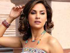 Download Lara Dutta Wallpapers. Latest Lara Dutta Wallpaper Collection. Hot and Sexy Lara Dutta Wallpapers and Photos.