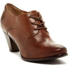 Frye Phoebe Heeled Oxford (200 CAD) ❤ liked on Polyvore featuring shoes, oxfords, cognac, oxford lace up shoes, lace up shoes, mid heel shoes, frye и laced up shoes