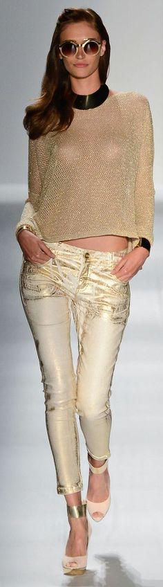 So Paulo Brazil Fashion Week 2013