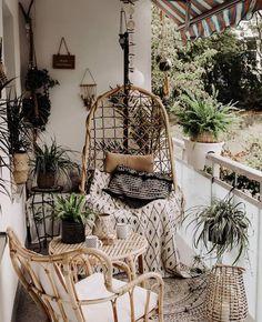 Small Balcony Design, Small Balcony Decor, Balcony Ideas, Balcony Plants, Balcony Decoration, Bohemian Patio, Bohemian Interior, Bohemian Cafe, Apartment Balcony Decorating
