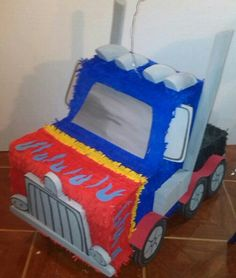 Piñata 3D Optimus Prime transformers
