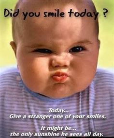 HOW often do you smile in a day? So you smile when you meet new people? When you see your friends? While you're at work? Funny Baby Faces, Funny Baby Pictures, Funny Baby Quotes, Funny Babies, Cute Babies, Funny Smiles, Crazy Pictures, Chubby Babies, Funny Pics