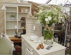 vintage garden interiors - Google Search
