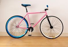 Want this Fixie Giant Bikes, Bicycle Safety, Bicycle Parts, Bicycle Store, Fixed Gear Bike, Bike Style, Bicycle Accessories, Bike Design, Road Bikes