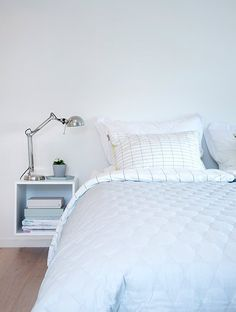 Pastel home tour on passionshake, scandinavian style Blue Bedroom, Dream Bedroom, Modern Bedroom, Bedroom Decor, Ikea Interior, Interior Design, Casa Color Pastel, Casa Patio, Pastel House
