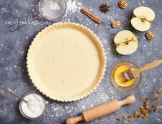 Join me for unique baking and pastry classes with a French spin! Visit my webpage for class descriptions, dates and times. Pastry School, How To Make Pie, Bread Cake, Baking And Pastry, Cooking School, Baking Tips, Yummy Food, Sweets, Desserts