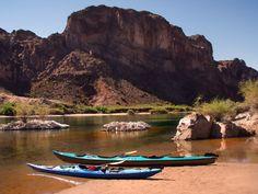 Kayaking tours with Desert Adventures in Black Canyon near Las Vegas.