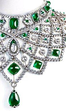 Emerald Le collier Romanov de Fabergé, Diamonds, Obviously Emeralds and White Gold, Quite the Defining Neckline.