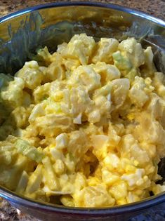 The Cookin' Chicks: Delicious Potato Salad (sub pickle juice for vinegar) Side Dish Recipes, Dinner Recipes, Side Dishes, Food Network Recipes, Cooking Recipes, Cooking Tips, Easy Potato Salad, Potato Dishes, Potato Recipes