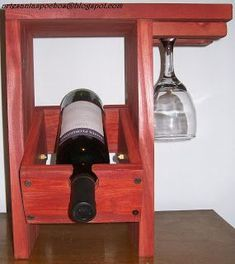 Artesanias Pochos: Vinotecas...